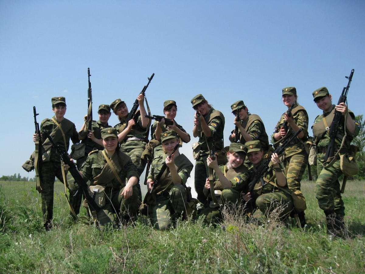 От тайги до британских морей ... : Лица девушек из Российской армии (3)