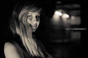 Полумрак девушка, портрет, фотосессия, тени, фотосессия в студии
