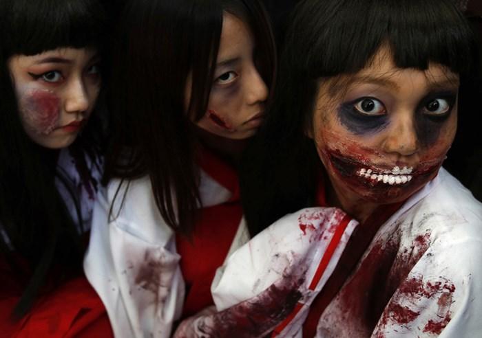 Тыквы и страшные костюмы: мир празднует Хэллоуин 2014 года 0 106ab2 7d1ac7ae orig