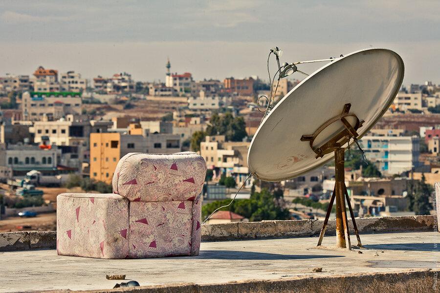 Спутниковые антенны / Satellite dishes