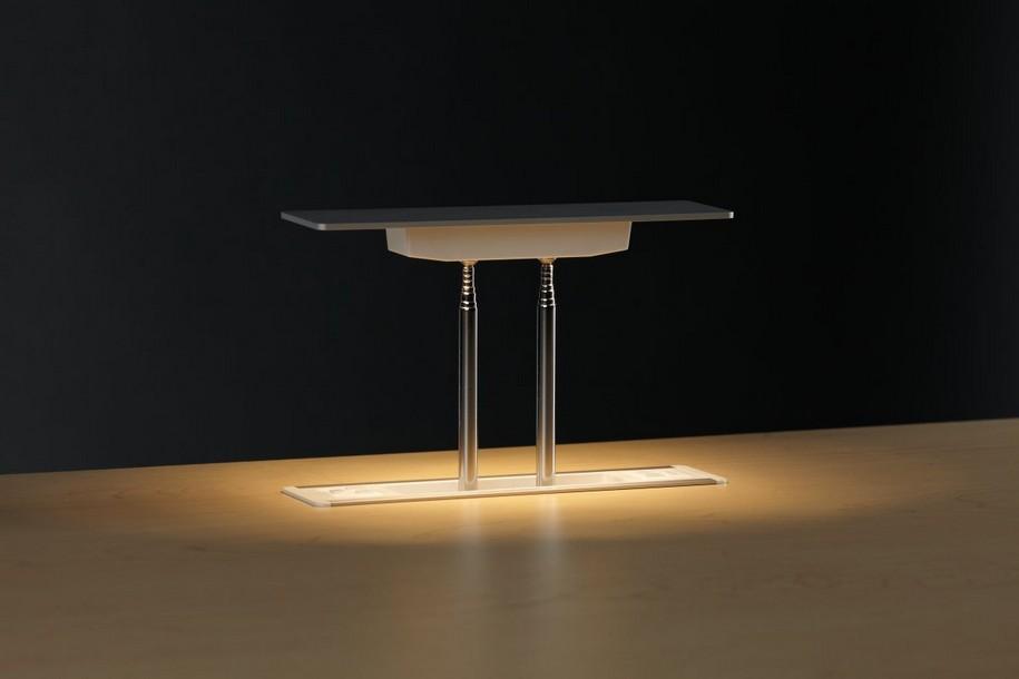 Настольная лампа Levity LED от Peter Stathis
