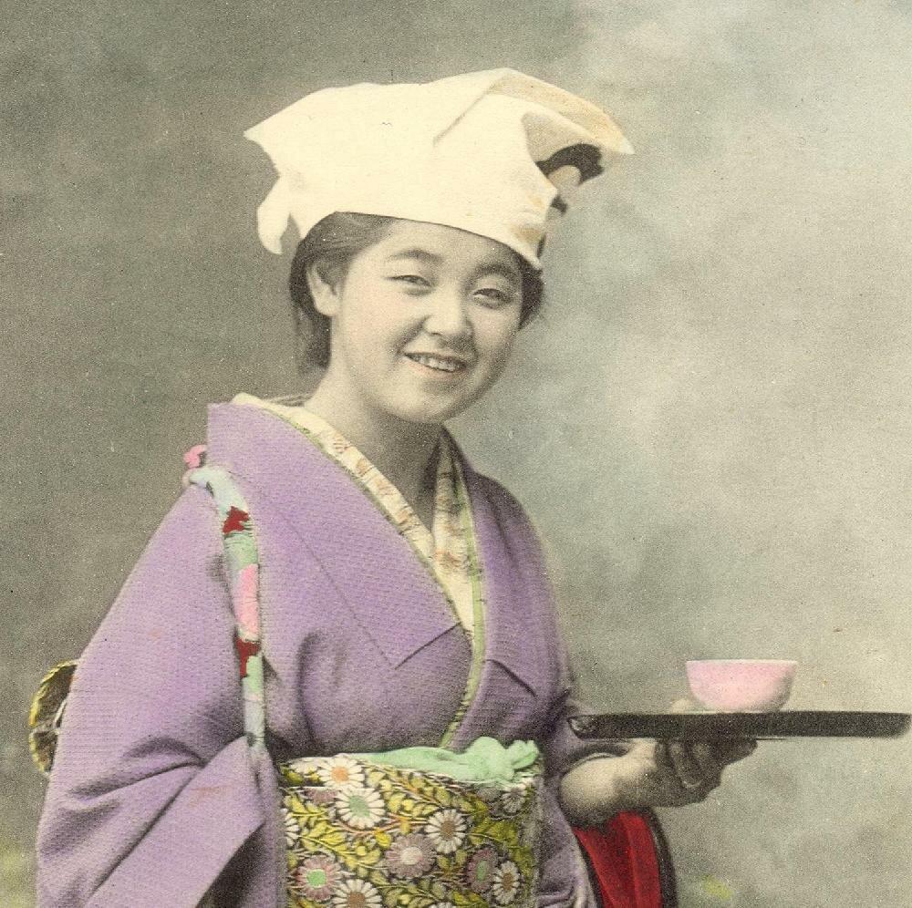 Хозяйка чайного домика