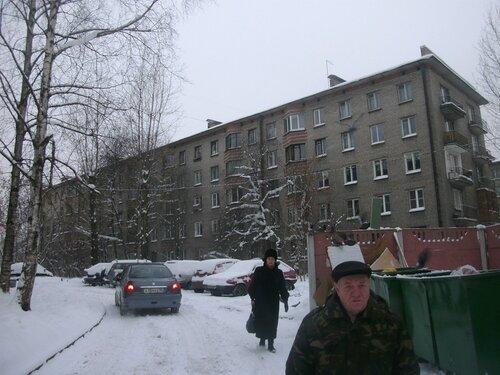ул. Невзоровой 8
