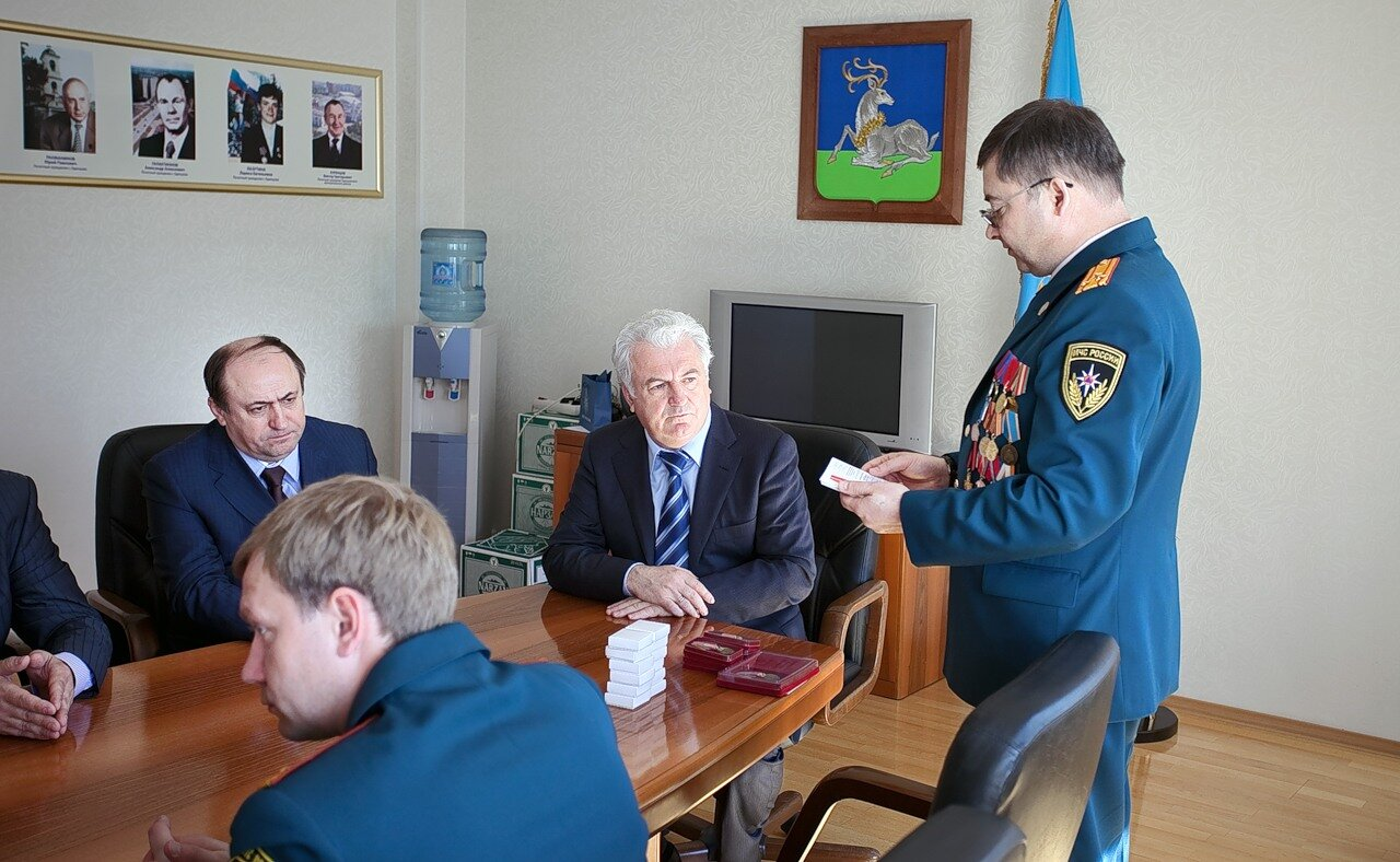 В своём выступлении начальник районной противопожарной службы, полковник внутренней службы Николай БЕЛКИН сказал