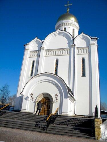 храм в д. Усово