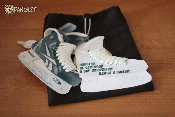 Почти настоящие коньки с настоящими шнурками )): handmadecards
