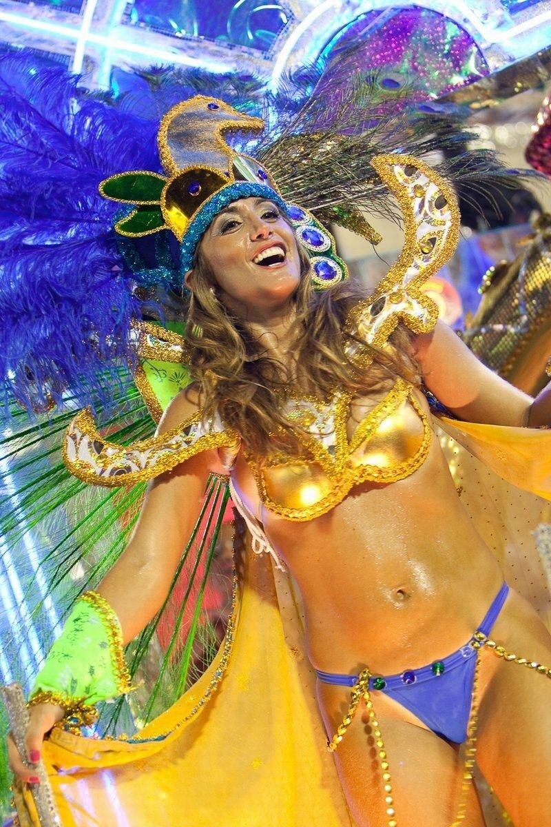 Секс на карнавале в рио видео 2012 что