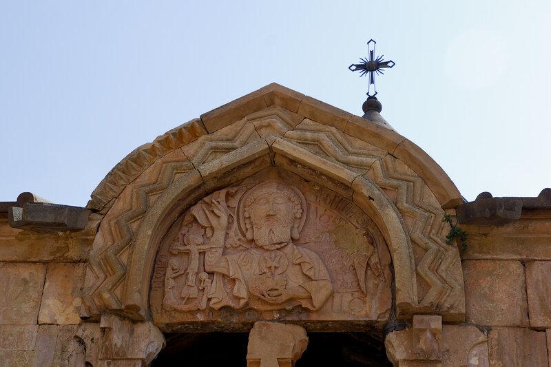 Изображение Бога на церкви Сурб Карапет