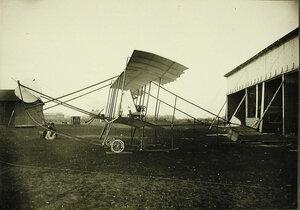 Общий вид биплана, построенного группой офицеров Гатчинской школы авиации