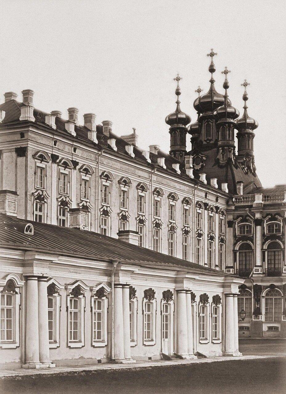 Боковой фасад екатерининского дворца