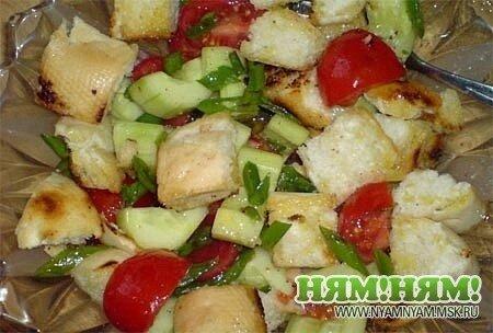 Хлебно-овощной салат