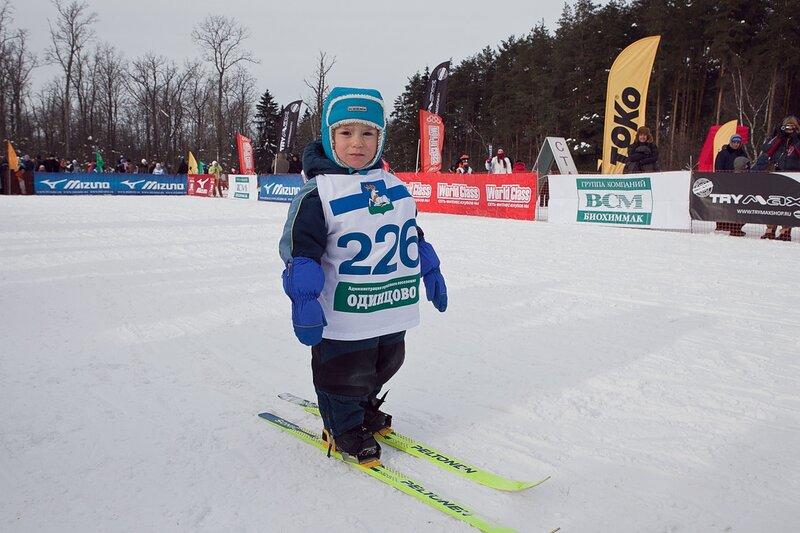 В воскресенье 27 февраля в самом лыжном городе Подмосковья, каким  Одинцово считает журнал «Лыжный спорт»,  отметили День Лыжника