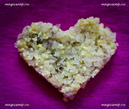 Мыльно-солевой скраб для пяточек и попы :)