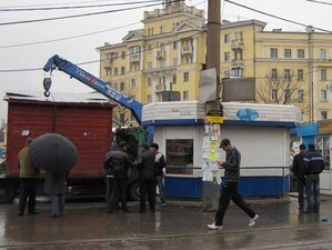 Во Владивостоке продолжается снос незаконно установленных объектов