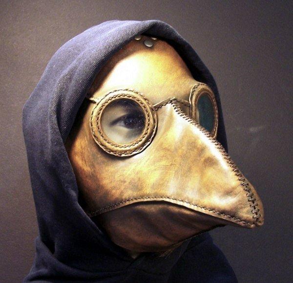 маски Тома Банвелла