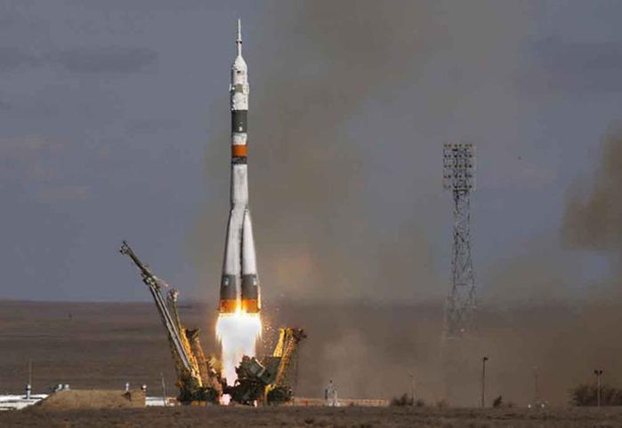 55779140_Soyuz_11A511L.jpg