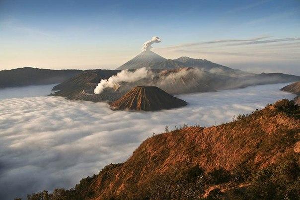 Красивые фотографии: извержения вулканов 0 10f55a 4cbff578 orig