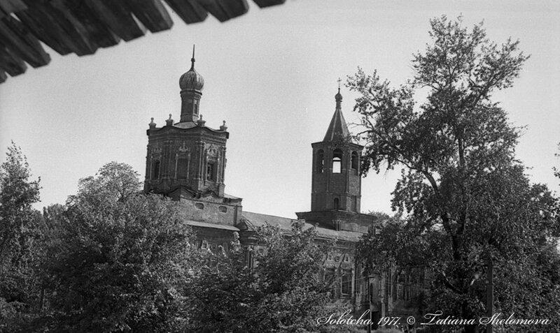 В Солотче. Покровский монастырь. Духовская церковь