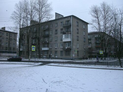 ул. Максима Горького 2