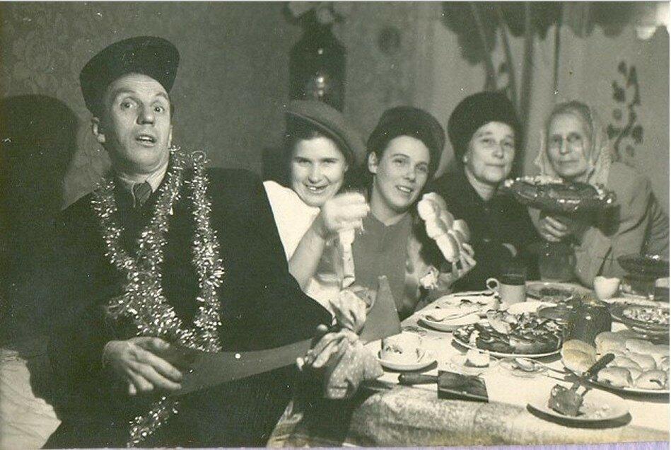 1950-е. Вологодское застолье.
