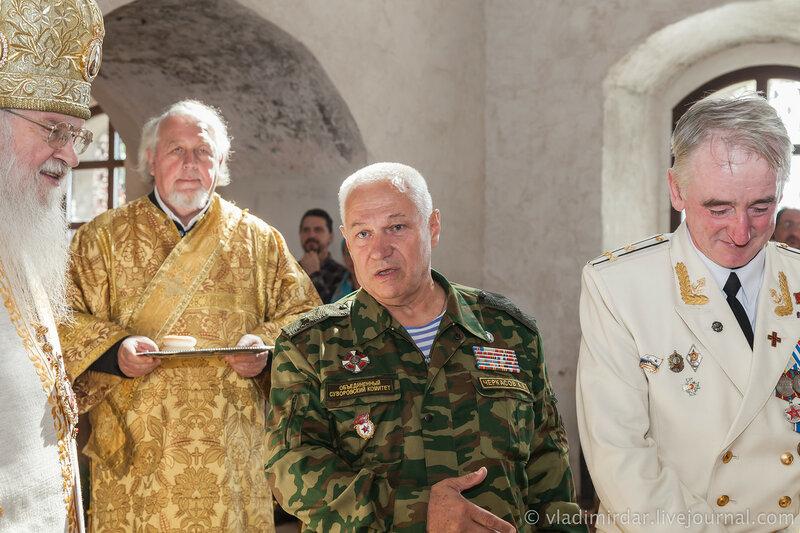 Генерал Черкасов рассказал Митрополиту Евлогию о ключевой роли в восстановлении Сувороского храма Овсянникова Владимира Ивановича