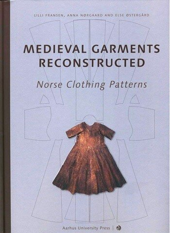 [livre] Medieval Garments Reconstructed: Norse Clothing Patterns 0_49a0f_6d9e1a2b_L