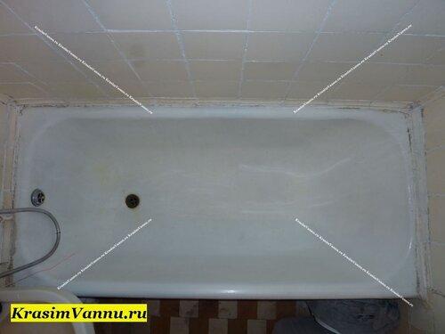 Ванна очищена от ржавчины перед реставрацией