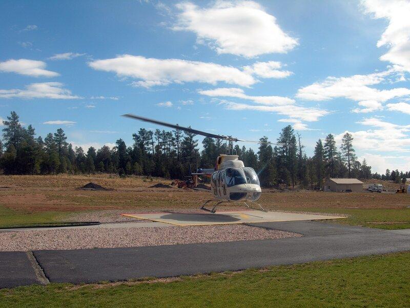 Над Гранд-каньоном в вертолёте.