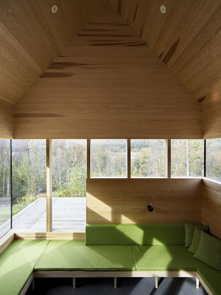 Cabin-Laksvatn-Hamran-Johansen-Arkitekter-11.jpg