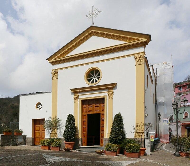 Искья. Поселок Фонтана. Церковь  Саятого Антонио из Падуи (Chiesa di Sant'Antonio da Padova)