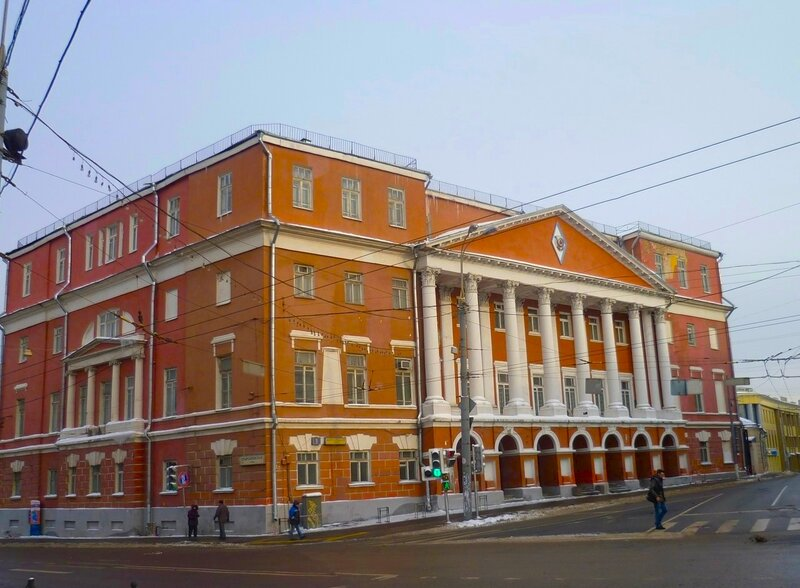 Spartakovskaya street, former Elokhovskaya. Part 1. Here, the street, Spartakovskaya, streets, MusinaPushkina, side, manor, writes, the house, main, yard, has, the name of this, the building, several, place, known, name, Molotov