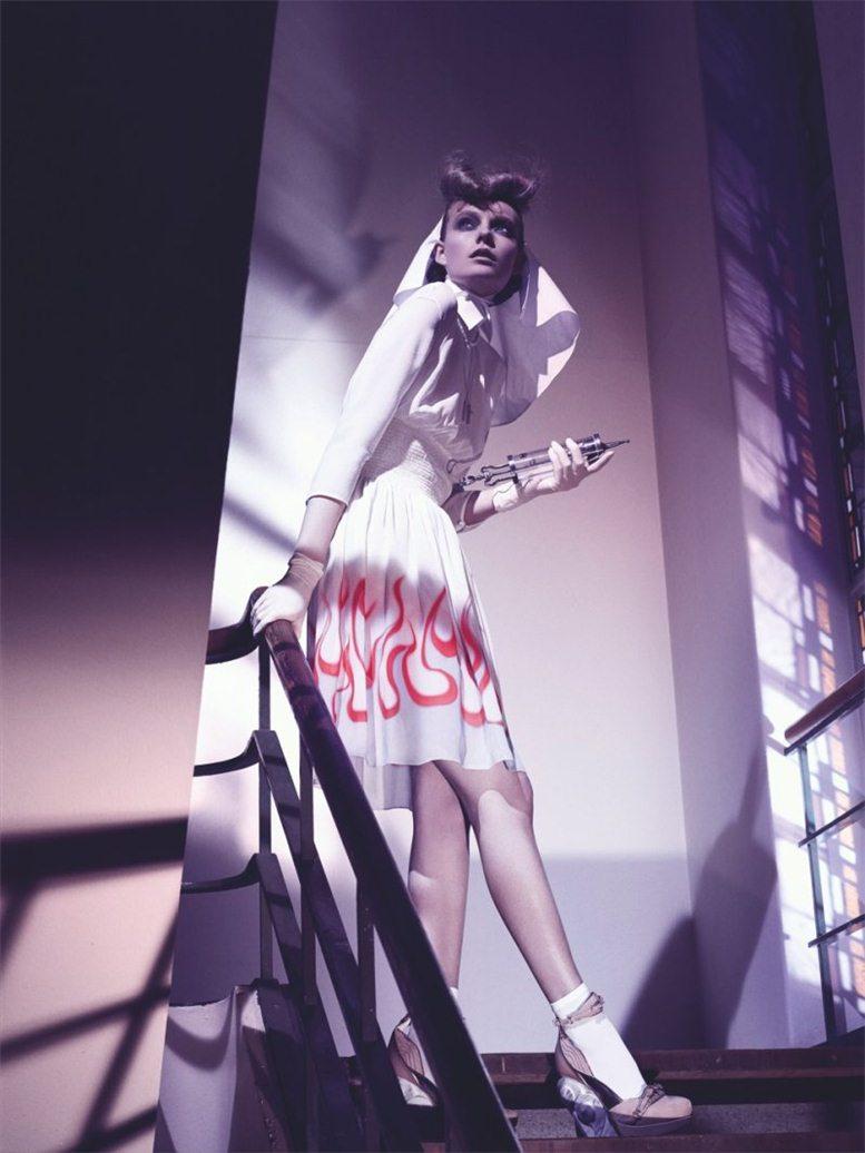 Nimue Smit / Нимью Смит, фотограф Philip Riches в журнале W Magazine Korea