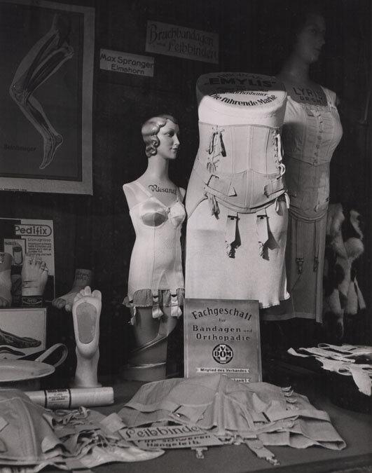 Herbert List, Orthopedic Shop Window 1930