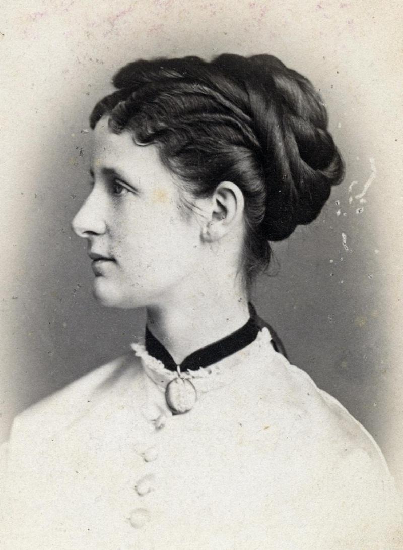 Princesa Maria Anunciata de Bourbon-Duas SicíliasDatecirca 1862