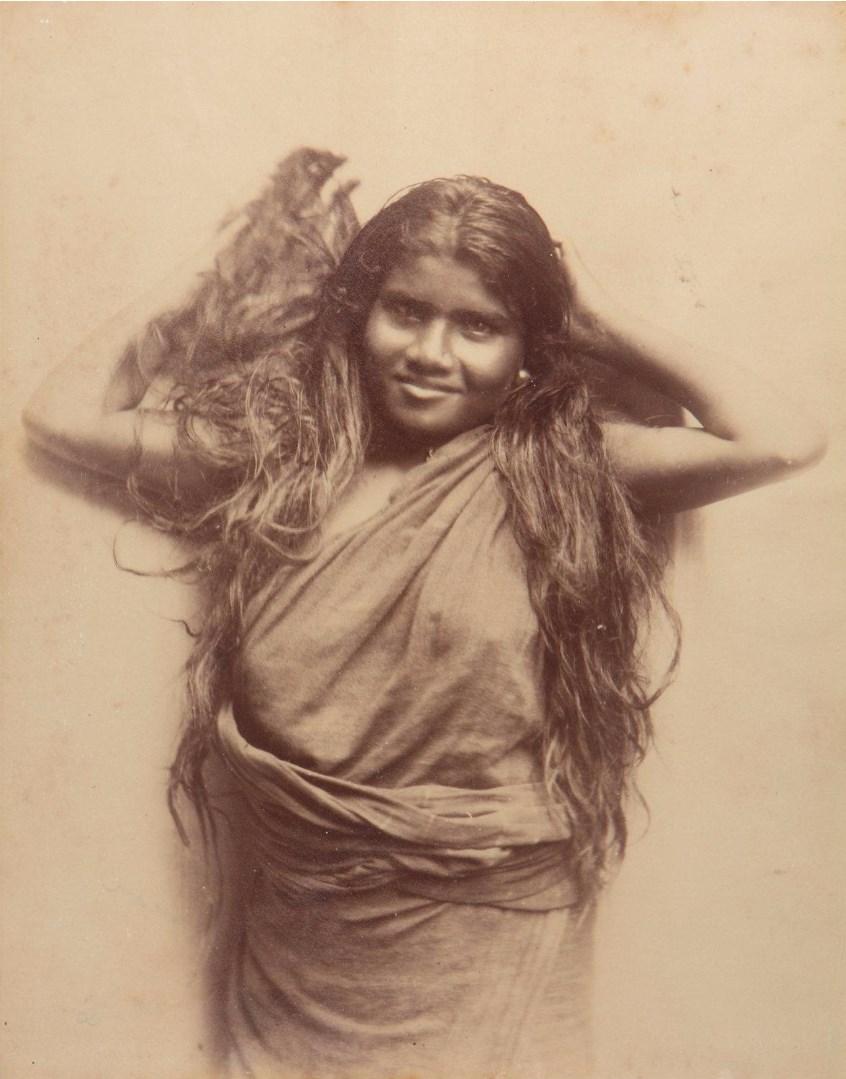 Портрет тамильской женщины с длинными волосами.1875
