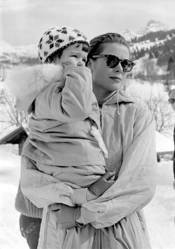 Gracia PATRICIA mit Tochter Prinzessin CAROLINE, Gstaad 1960