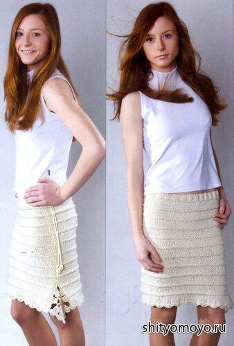 Бежевая юбка связана спицами
