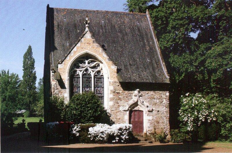 церковь переделанная под жилой дом, замок