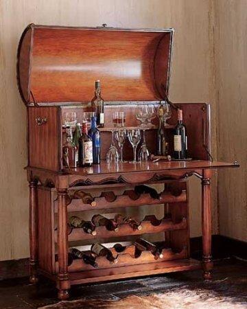 """Постепенно  """"бар """" стал, что называется, кабаком.  И кабачок нынче можно..."""