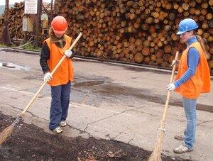 Более 2600 подростков нашли работу на лето в Хабаровском крае