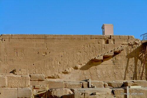 лестница бога, храм богини хатхор, дендеры