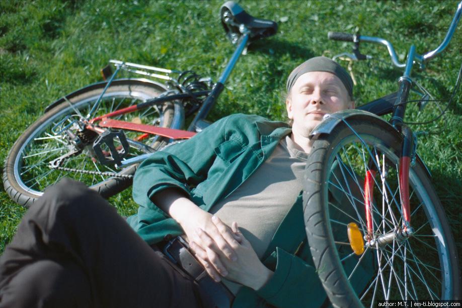 Тимофей. Человек и его велосипед.