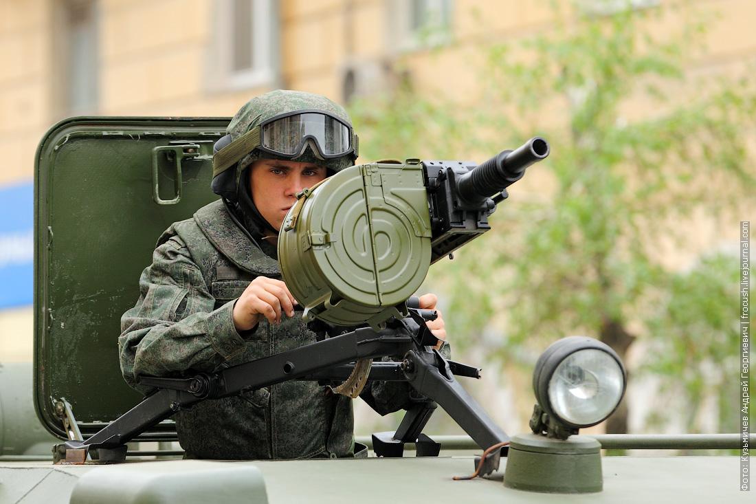 ГАЗ-2330 Тигр парад Победы в Волгограде