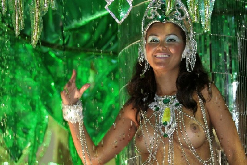 Brazil topless parties #6