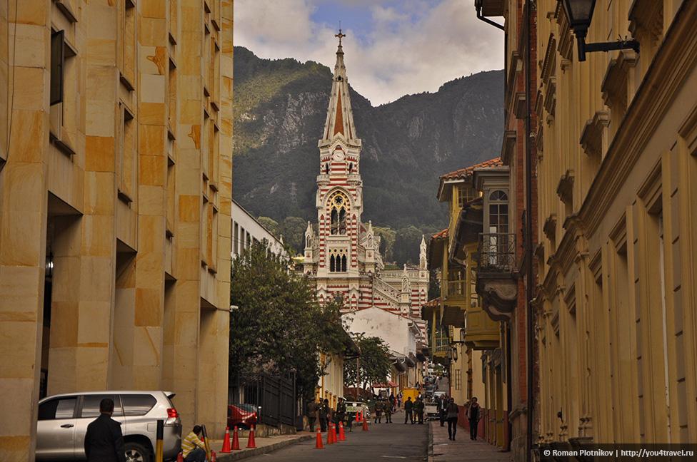 0 177db5 e3b02cb6 orig День 201 202. Охота за туристической картой Боготы и многочасовые прогулки по историческому району Ла Канделария   La Candelaria