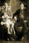 Вася Лановой с родителями