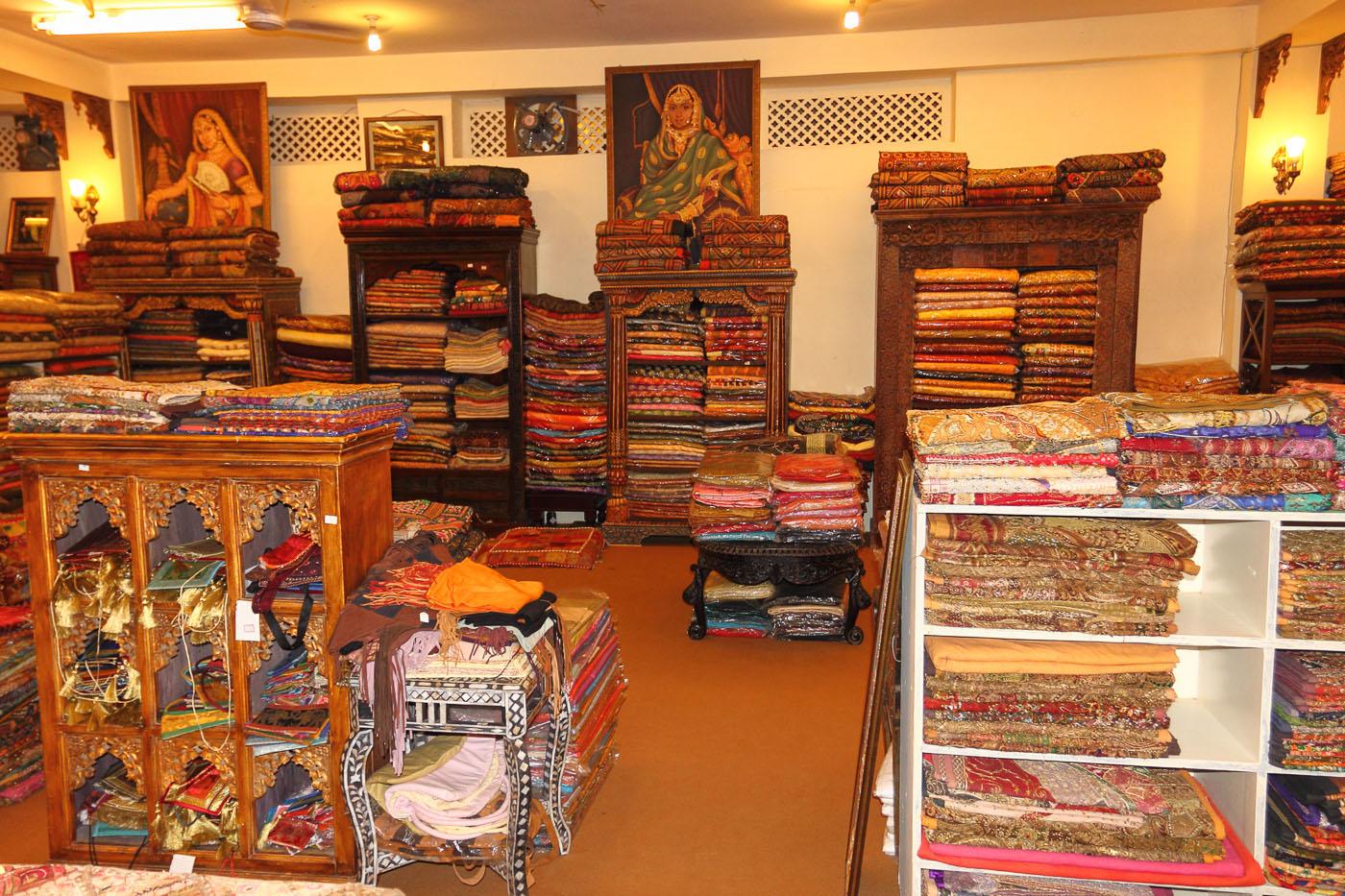 Фото 20.1 Магазин сувениров в Джайпуре. Наша поездка в Индию