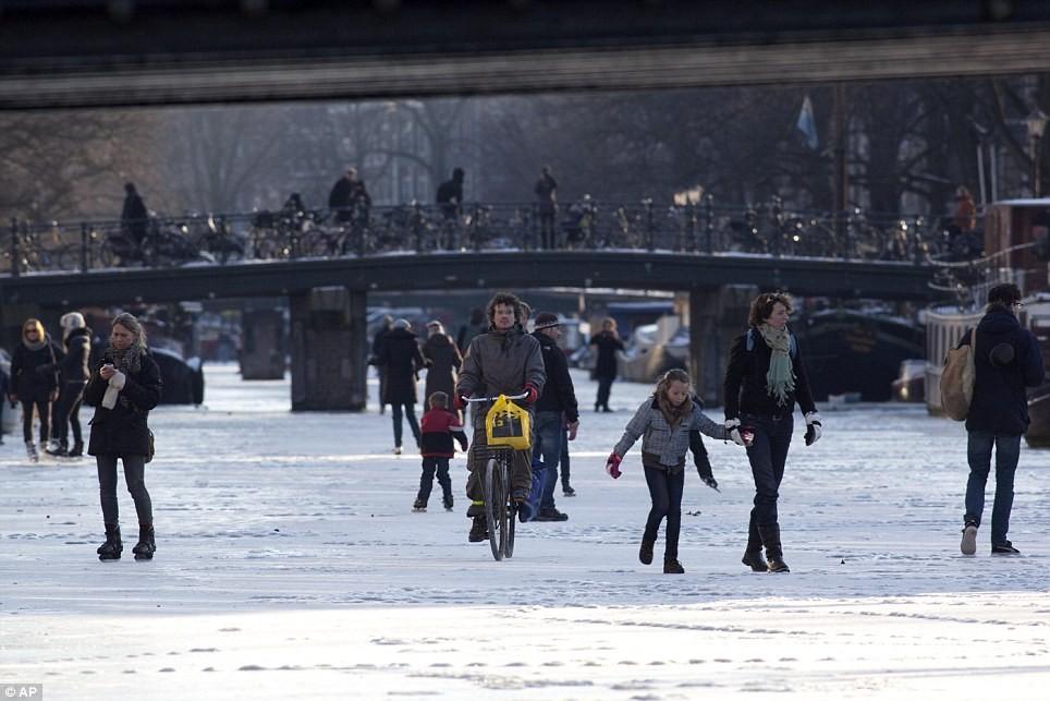 Блоги. 15 удивительных фотографий Европейской зимы 2012