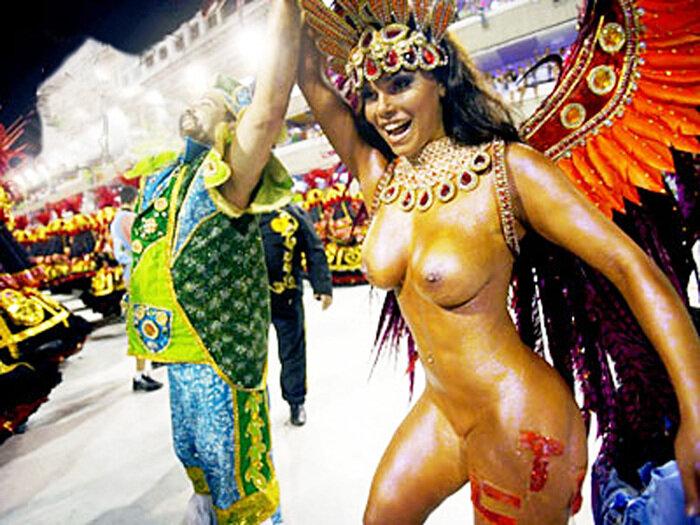 Голые девушки с бразильских карнавалов фото 784-743