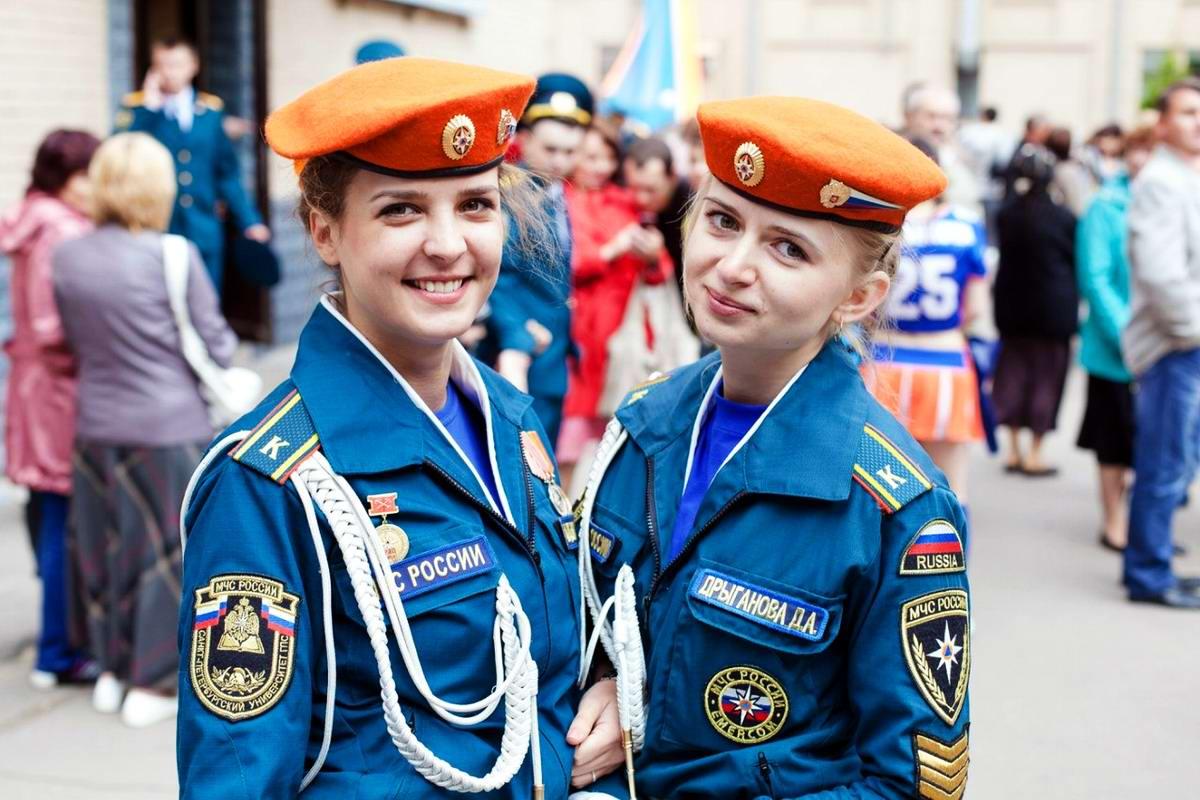 Любую беду руками разведу: Лица девушек из МЧС России (53)